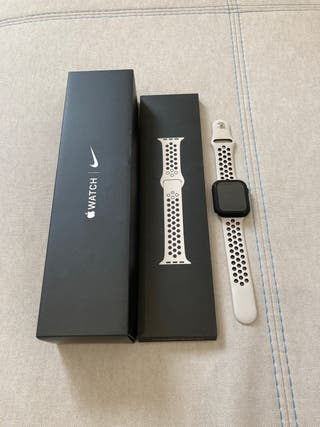 Apple Watch Nike Series 5 (GPS)