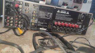 Amplificador surround