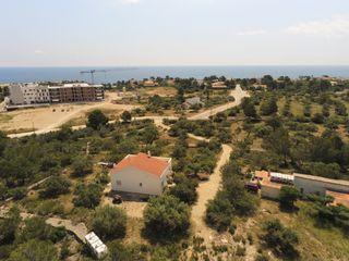 39054 Finca con casa de campo, a 200 metros playas
