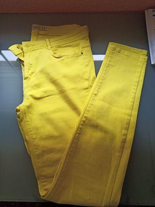 Pantalones mujer Zara