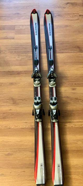 Esquís Salomón Superaxe 8
