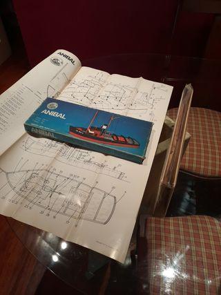 maqueta barco navegable mod Anibal