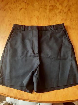 pantalon corto ,Zara