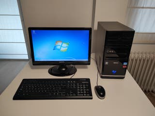 PC ordenador monitor teclado ratón cables windows7