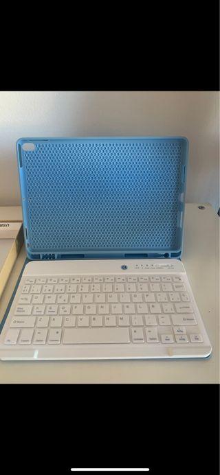 Carcasa de iPad Air 3 con teclado inalambrico