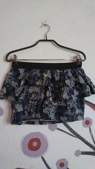 Mini falda con volantes y flores T. 36
