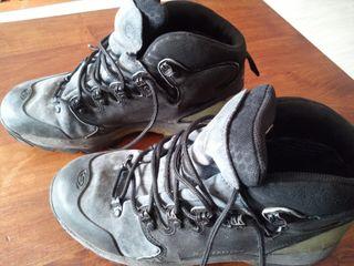 botas Salomón montaña