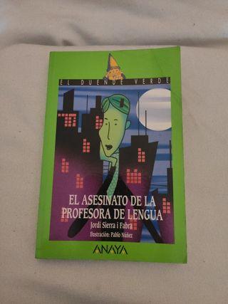 Libro: El asesinato de la profesora de lengua