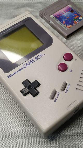 Gameboy clásica restaurada + juego tetris