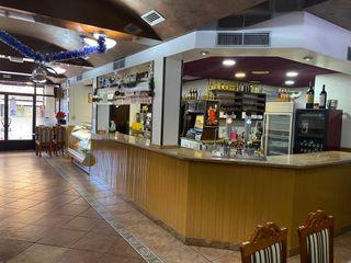 Se traspasa cafeteria restaurante