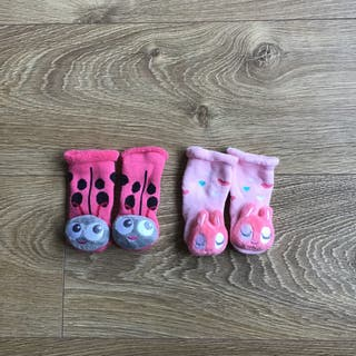 2 pares de Calcetines bebé niña