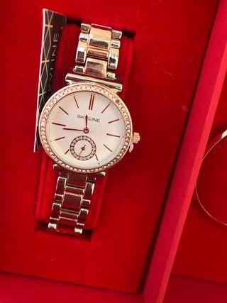 Reloj de mujer caja roja con flores