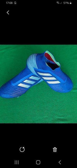 Botas de fútbol Adidas Predator. Gama Alta