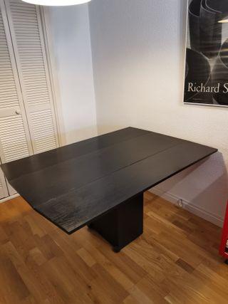 Mesa convertible en mueble pared