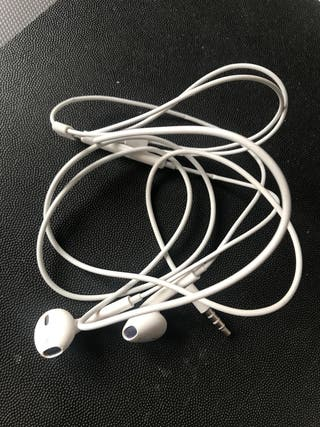 Auriculares Apple con Cable