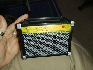altavoz forma de radio