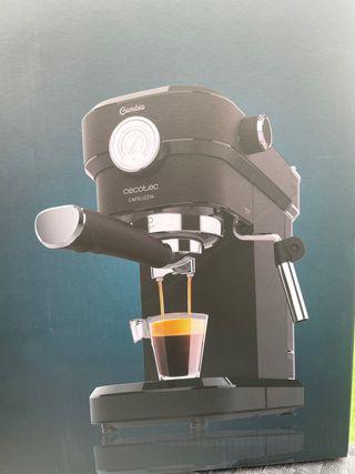 Cafetera cumbia cecotec 20bares