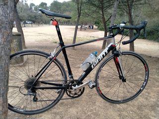 bici de carretera GIANT talla M