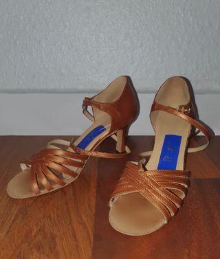 Zapatillas De Salsa