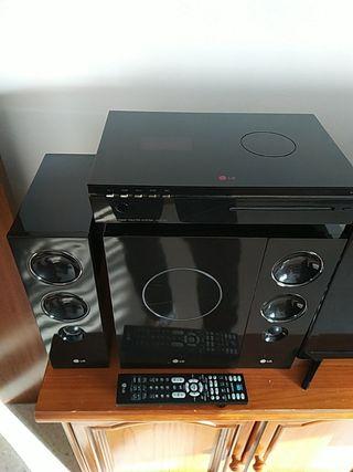 Home Cinema LG J10HD Altavoces 2.1, Subwoofer