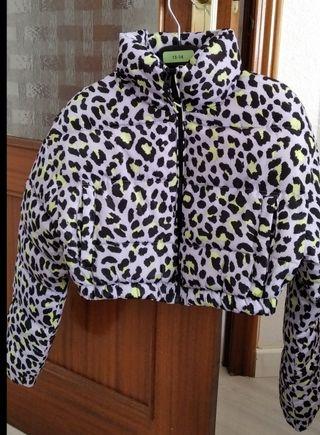 Abrigo leopardo. Crop (corto)