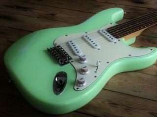 Fender Squier Stratocaster Green Mint Road Worn