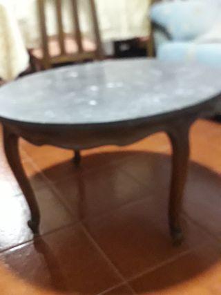 mesa estilo Luis XV