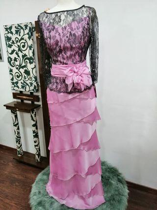 Dos piezas ideal para eventos, rosa y encaje negro