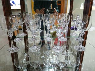 9 copas de vino