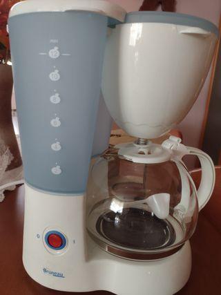 Cafetera de goteo nueva