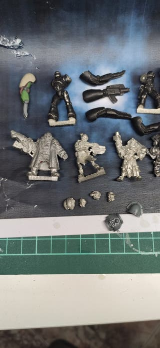 Warhammer 40k bits