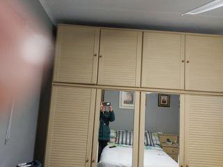 Habitación armario, cómoda, 2 mesitas y cabezal