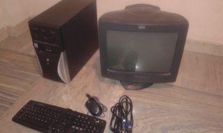 Ordenador COMPLETO, pantalla 17. IBM. Pentium IV