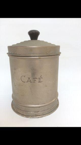 Bote de cafe antiguo