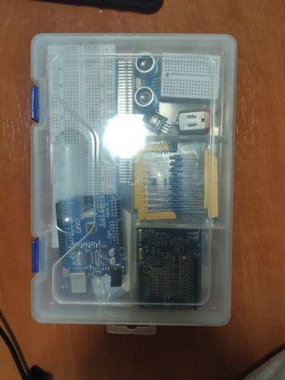 Pack Arduino + robot coche bluetooth