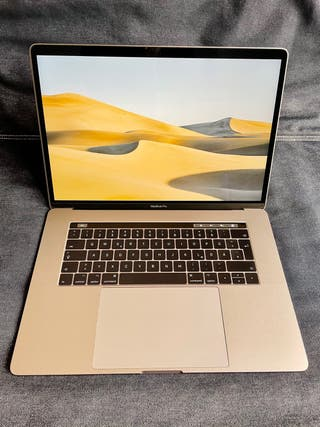 Macbook Pro 15'' + PERFECT CONDITIONS