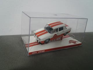 Renault 8 club scalextric