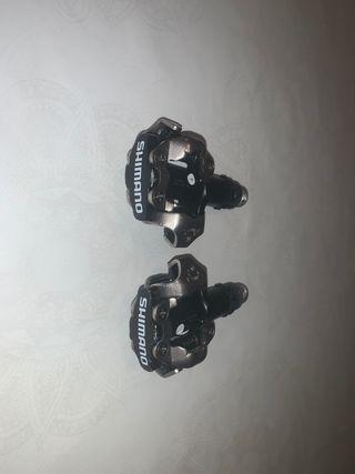 Pedales automáticos Shimano