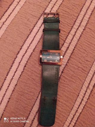 Reloj marca pertegaz color verde vintage
