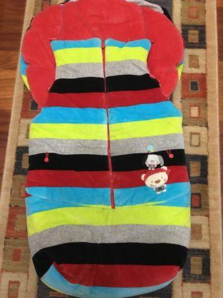 Saco de invierno para silla paseo marca tuc tuc