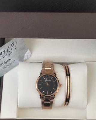 Reloj de mujer con pulsera
