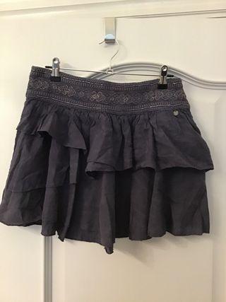 Falda volantes cintura bordados