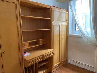 Frente de madera habitación juvenil