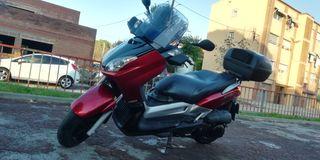 Moto Yamaha X-MAX 250cc, 2006