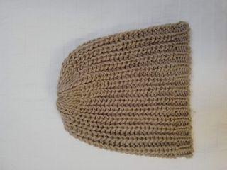 Gorro de lana beige