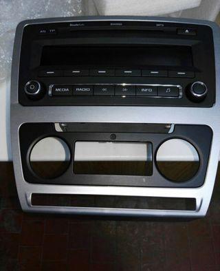 Radio original swing skoda octavia Rs.
