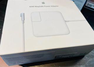 Adaptador de macbook pro 60W