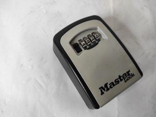 caja fuerte para llaves MASTER LOCK