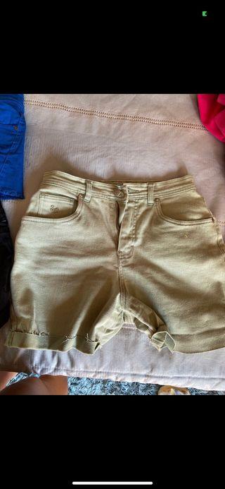 Preciosos pantalones verdes caqui