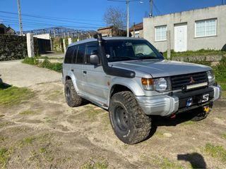Mitsubishi Montero 1992